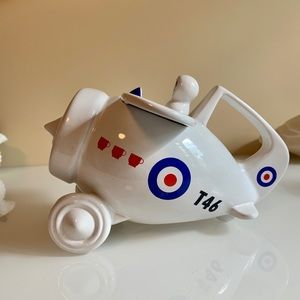Other - Novelty Airplane Teapot